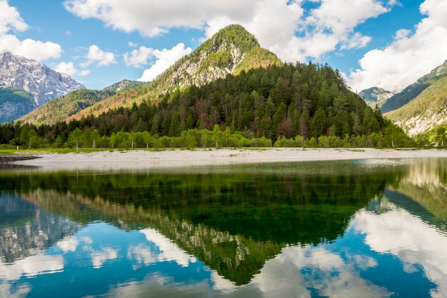 Trekke im Tal der Triglavseen