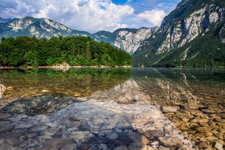 Wandere über Berggrate im Bohinj-Gebirge