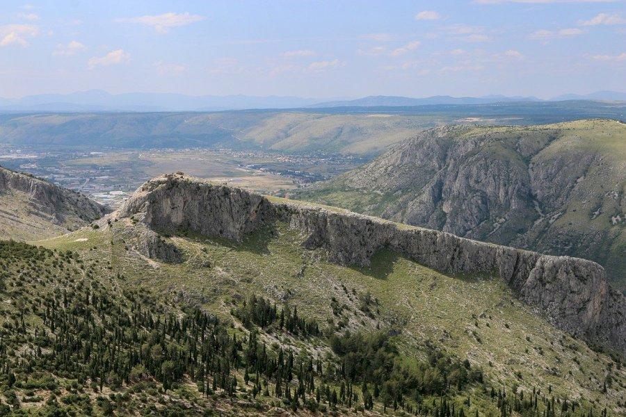 Trekke zum Gipfel des Maglić (2.386 m)