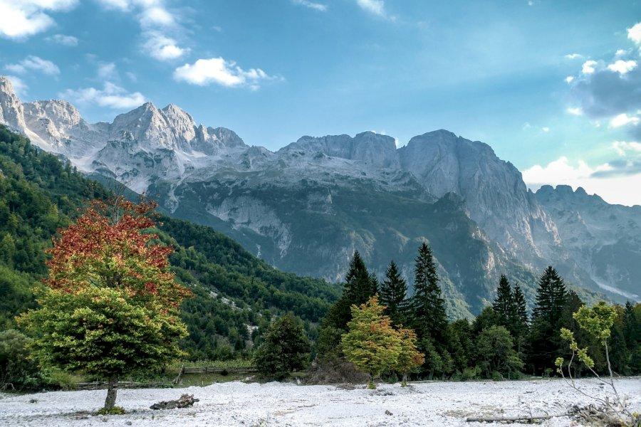 Erkunde die Peaks of the Balkans Route