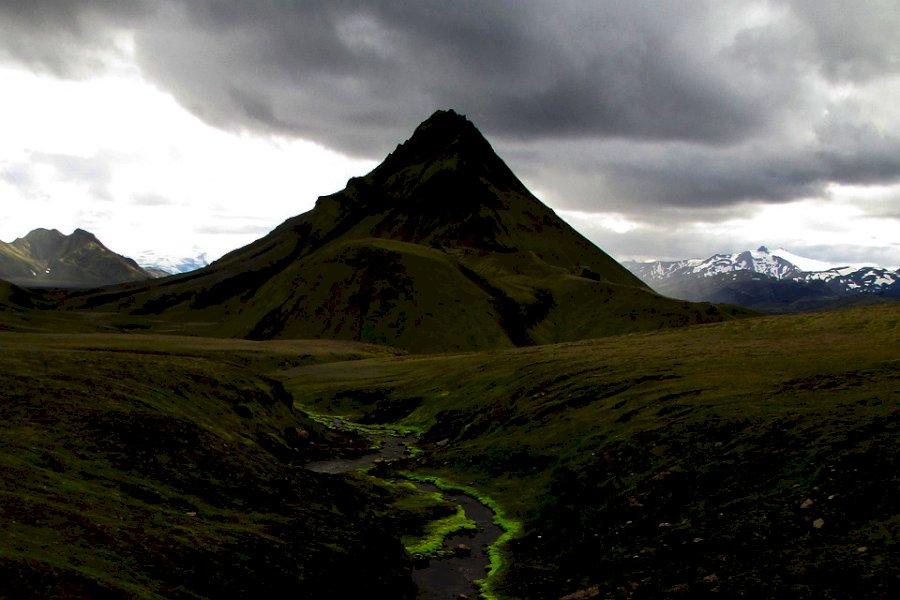 Wandere auf Islands Laugavegur-Trail